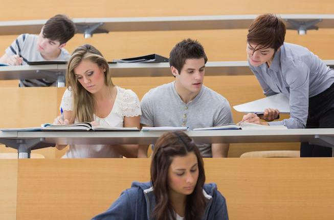 Collegamento a The Department of Mathematics offers scholarships for especially gifted students