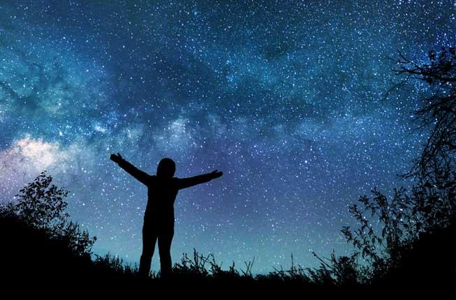 Collegamento a Binary stars: love and betrayal during the Big Bang