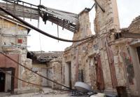 Una casa distrutta dal terremoto in Abruzzo