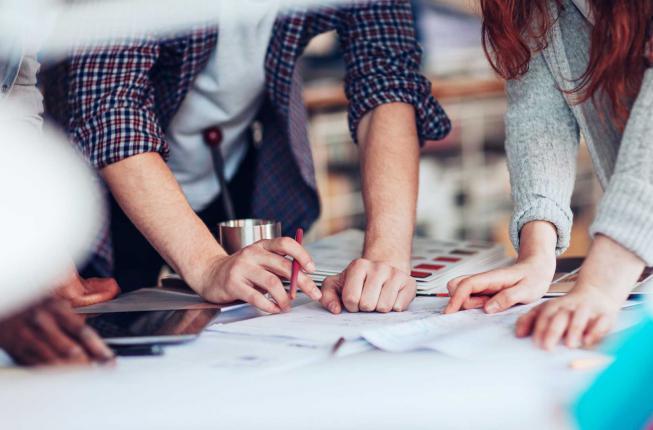 Collegamento a C_Lab trasforma il talento in soluzioni imprenditoriali
