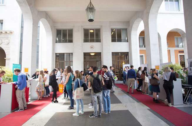 Collegamento a Università aperta: incontrare le aziende al Bo