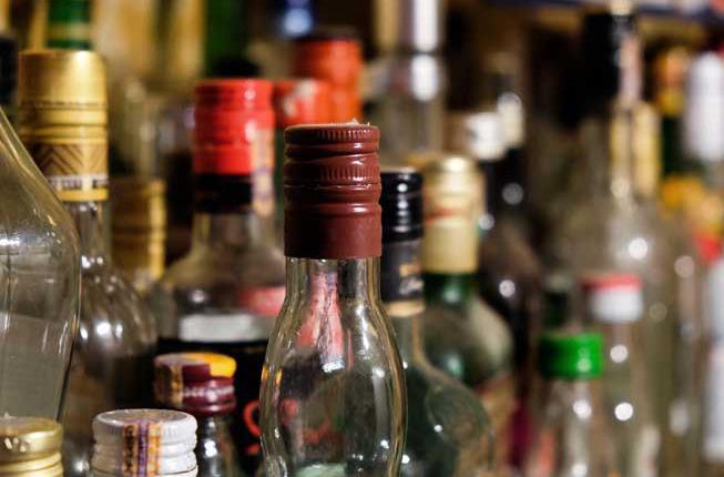 Collegamento a Alcol e giovani:diminuisce il consumo