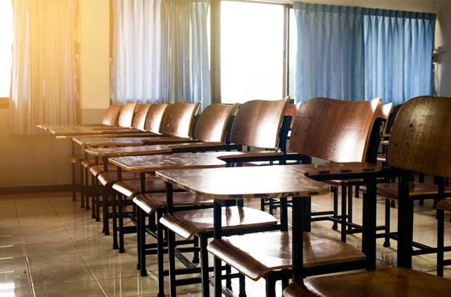 Collegamento a Se anche i docenti tornanosui banchi di scuola