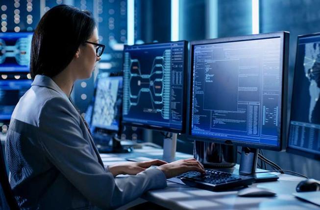 Collegamento a Informatica e cybersecurity: successi, esperienze e quotidianità al femminile