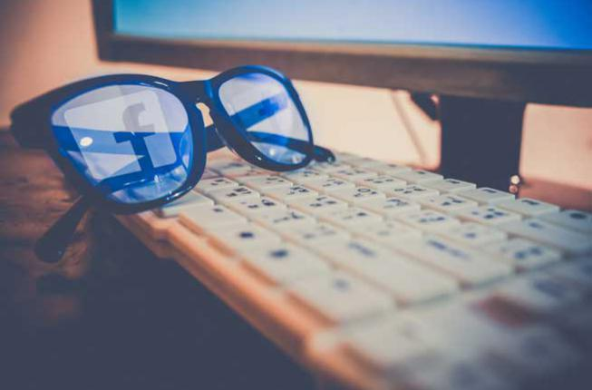 Collegamento a La falsa verità dei social network