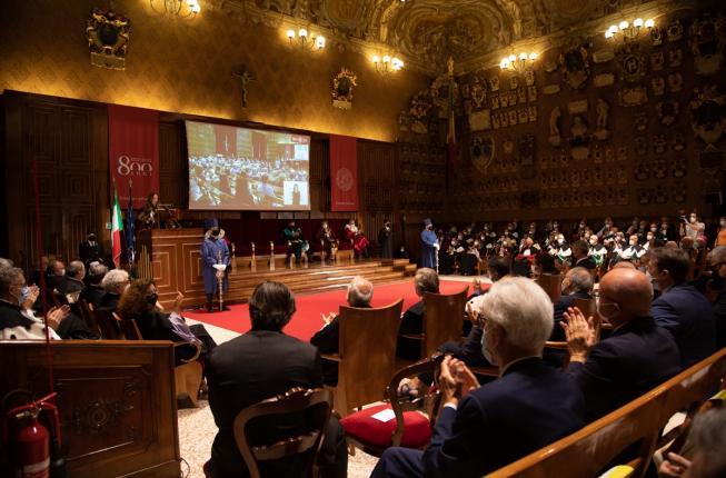 Collegamento a Al via le celebrazioni per gli 800 anni dell'Università di Padova. Presentata la nuova squadra di governo