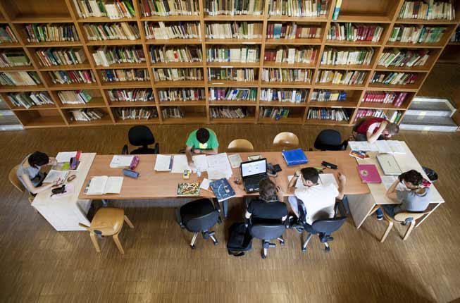 Collegamento a Chiuse le urne per le elezioni studentesche: affluenza al 25,96%. Nel 2016 era stata del 17,7%.